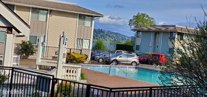 Villa Marina, 17408 NE 45th St 173, Redmond, WA - $3,900