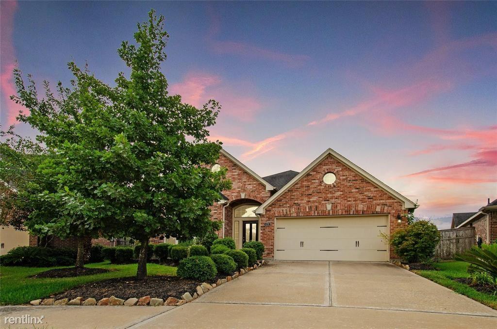 6330 Bear Creek Ct, Fulshear, TX - $2,500