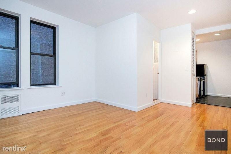 315 E 84th St 5, New York, NY - $2,495