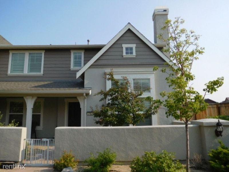 2315 Tara Ridge Trl, Reno, NV - $2,300