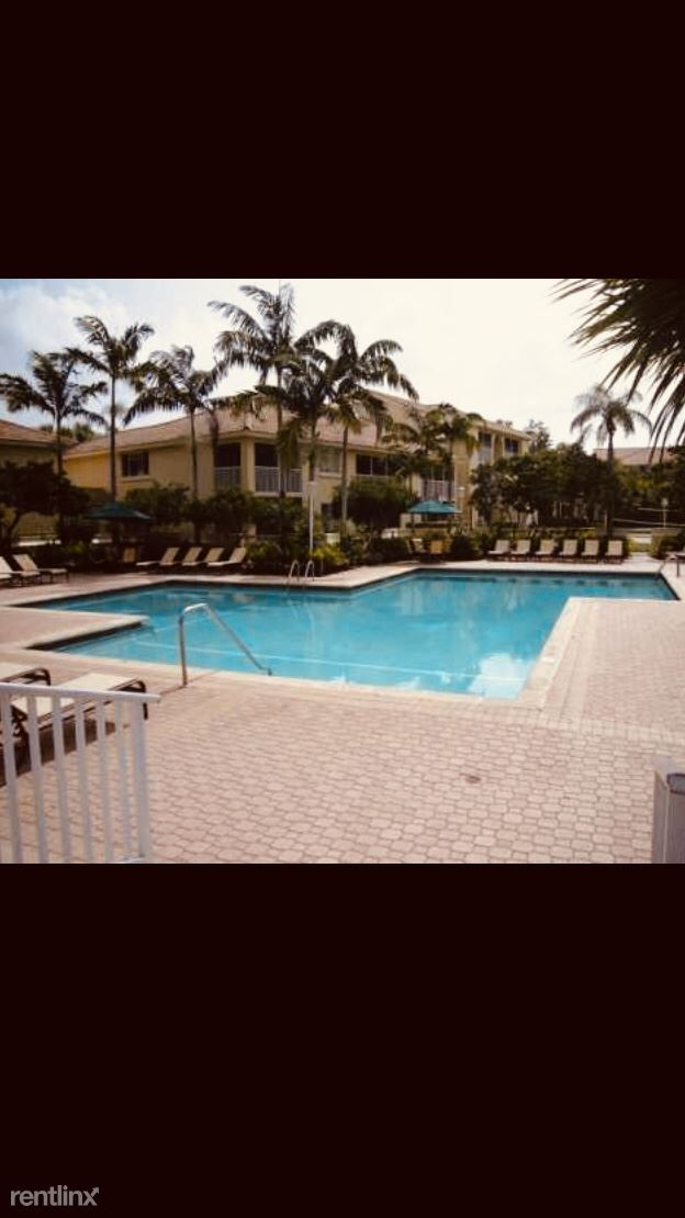 18106 Glenmoor Dr, West Palm Beach, FL - $1,175
