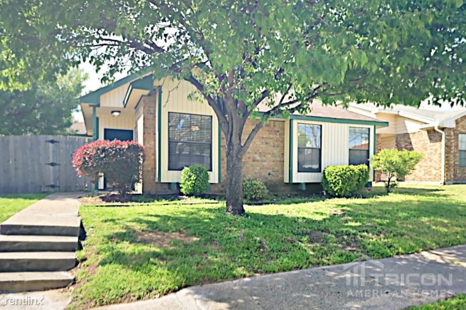 1734 Windmill Lane, Mesquite, TX - $1,599