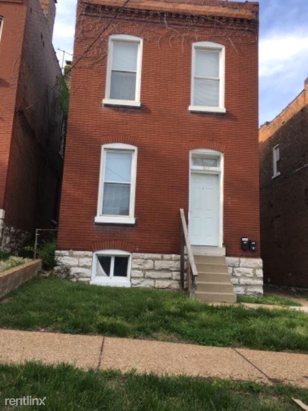 817 Mclaran Ave, Baden, MO - $550
