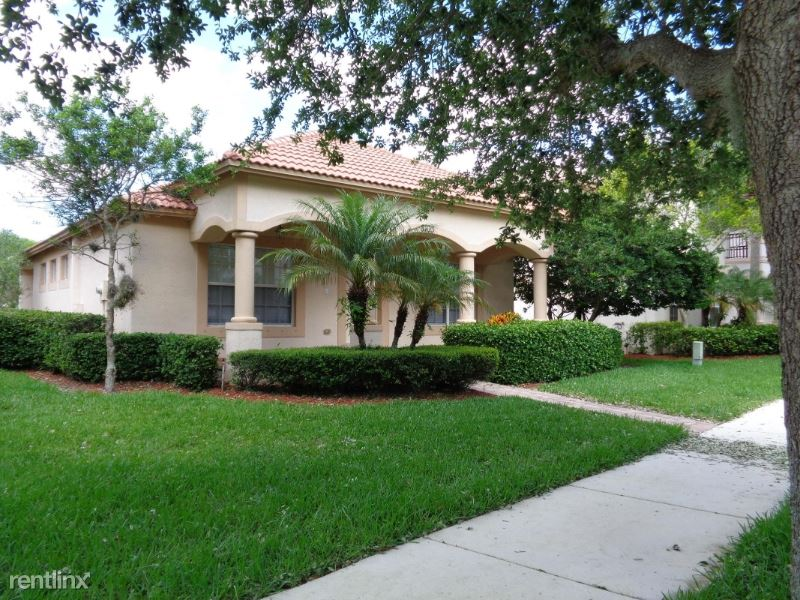 8103 Bautista Way, Palm Beach Gardens, FL - $2,400