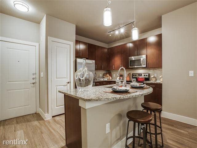 610 Via Ravello, Irving, TX - $1,550