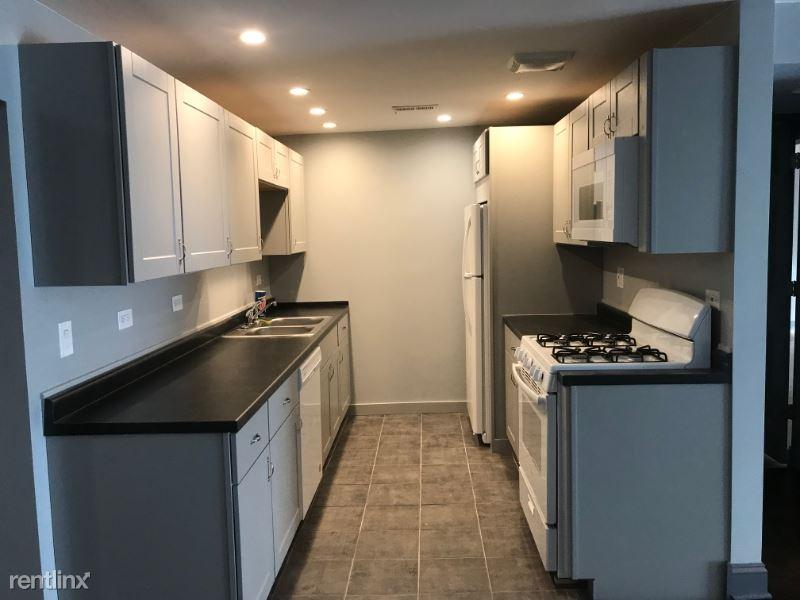 10033 S. Walnut Terrace 31-115, Palos Hills, IL - $2,000