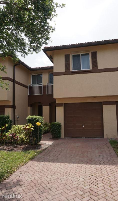 Oleander Ter, Riviera Beach, FL - $1,650