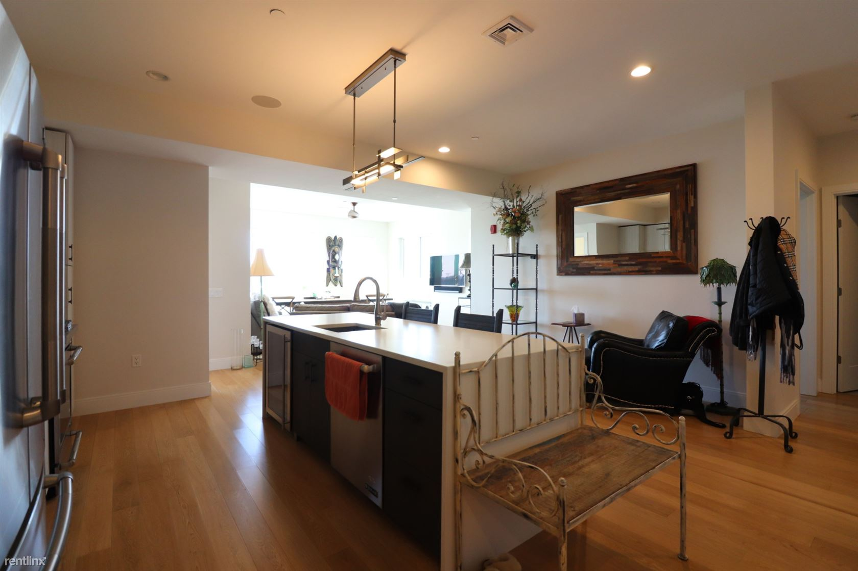 Condo for Rent in Boston