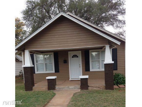 217 South Randall Avenue, Elk City, OK - $700