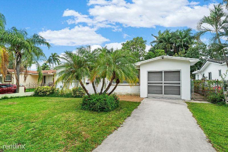 930 Johnson St, Hollywood, FL - $3,200
