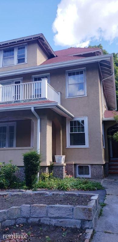 48 Blue Hills Pkwy 1, Milton Village, MA - $2,850
