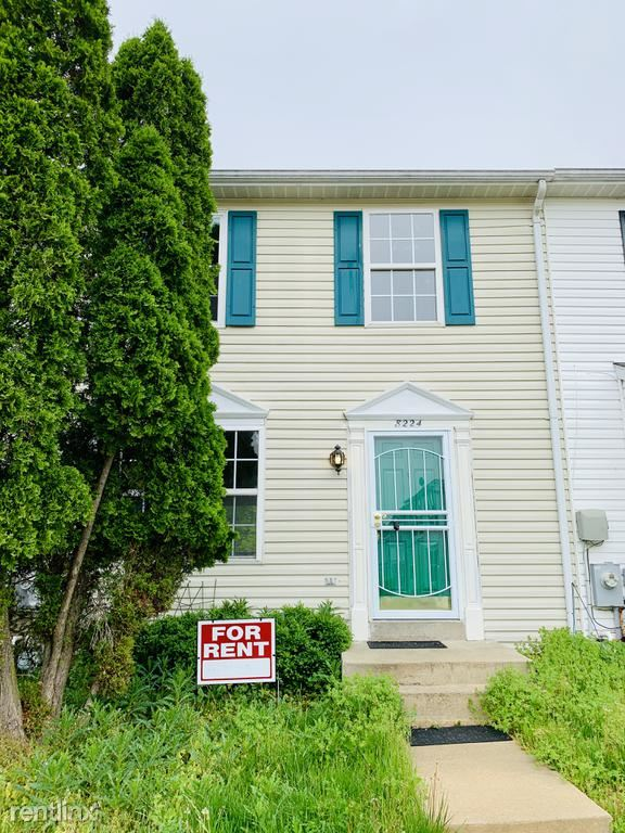 8224 Kings Crown Rd, Pikesville, MD - $1,700