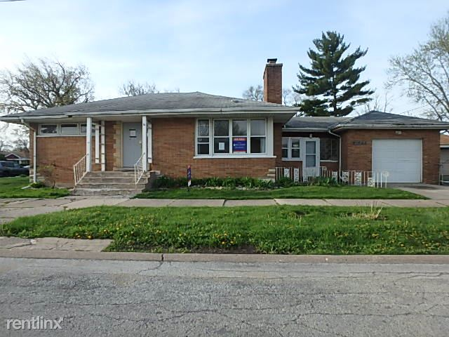 12500 S Ada St, Calumet Park, IL - $1,299