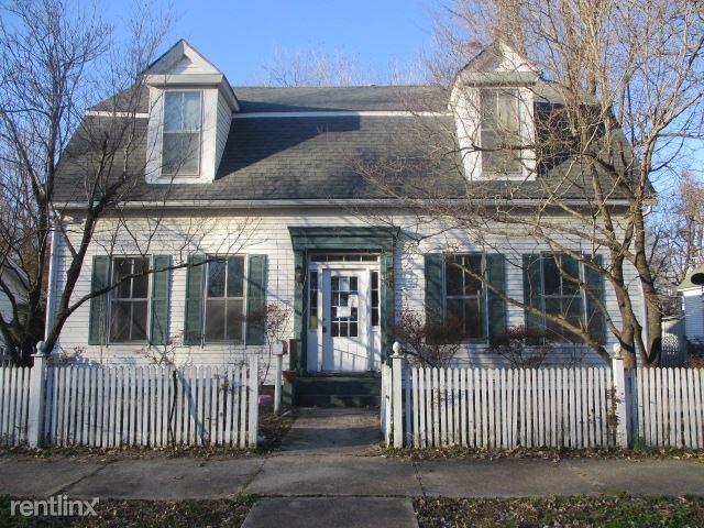 306 East Cypress, Charleston, MO - $935