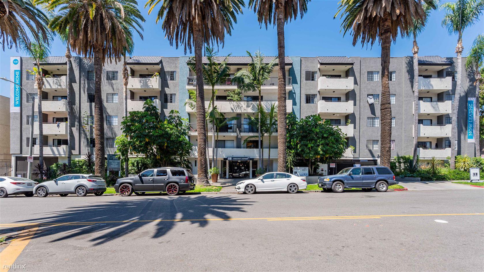 1425 N Alta Vista Blvd - 3200USD / month