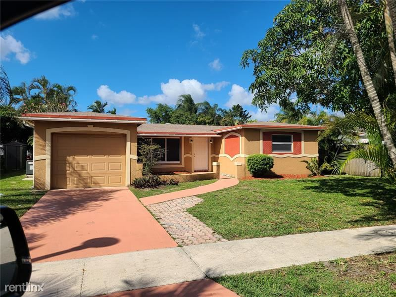 6969 NW 4th Ct, Margate, FL - $2,240