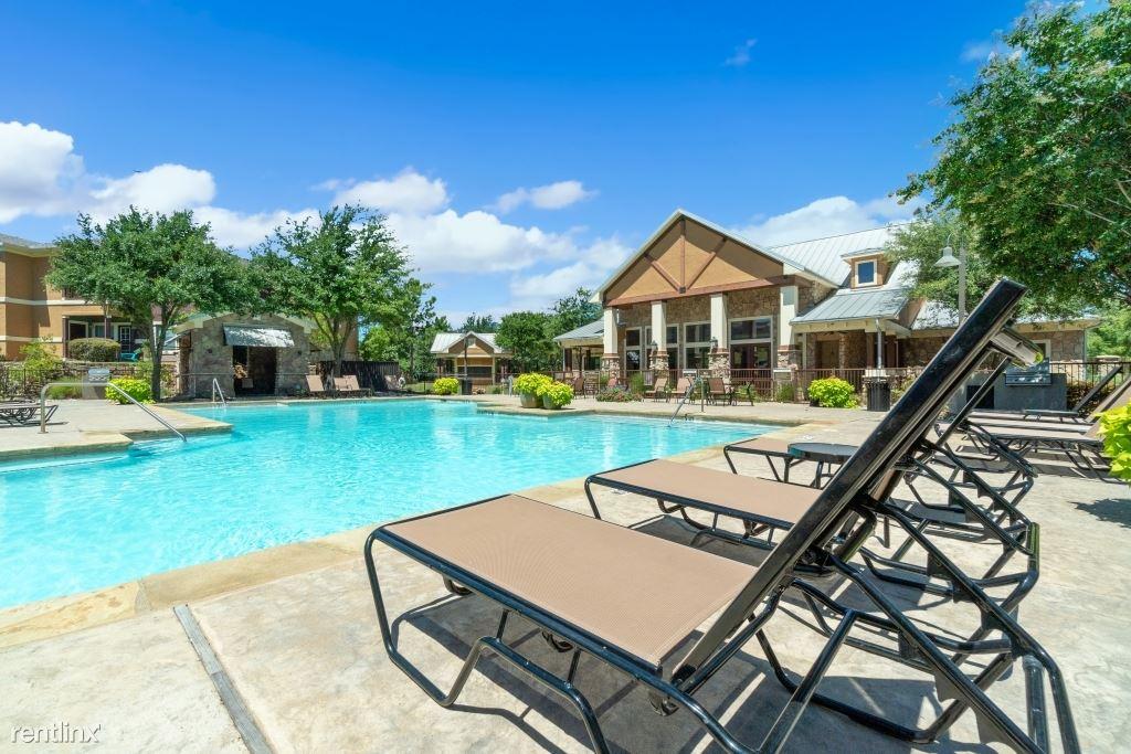 1650 Holland Lake Dr, Weatherford, TX - $1,405