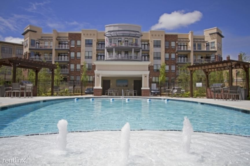 5820 West 115th Place Apt 89571-2, Leawood, KS - $1,834