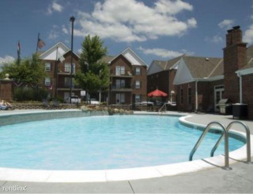 2900 Williamsburg Terrace Apt 89573-2, Platte City, MO - $880