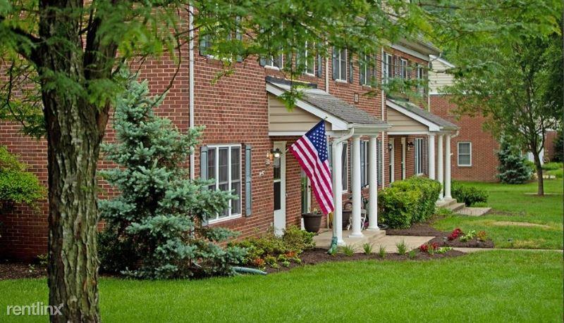 5714 Surveyor Road, Fort Belvoir, VA - $2,115