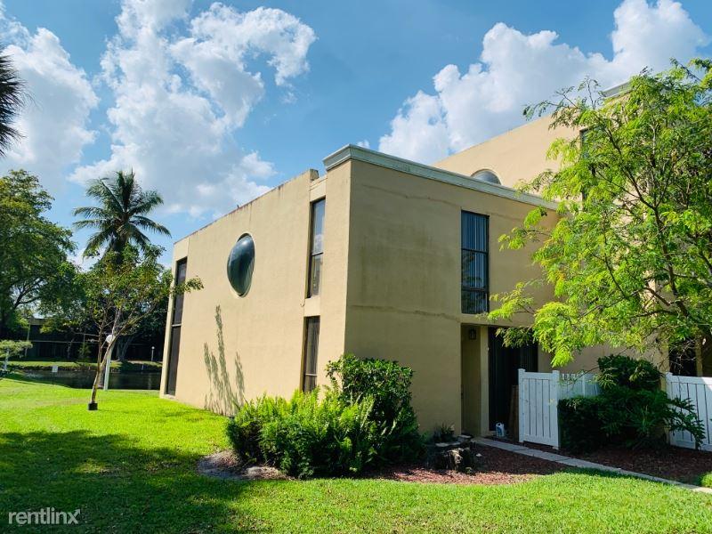 2961 SW 87th Ave 301, Davie, FL - $2,000