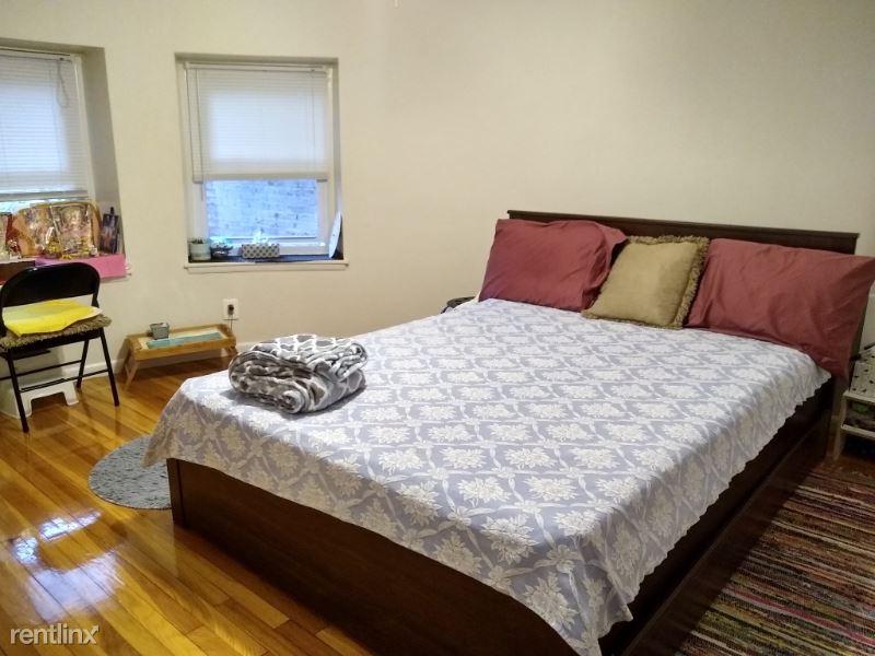 1477 Beacon St 101, Brookline, MA - $2,125