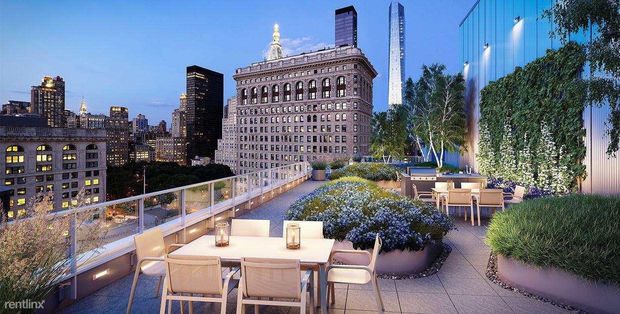 10 W 21st St, New York, NY - $18,000
