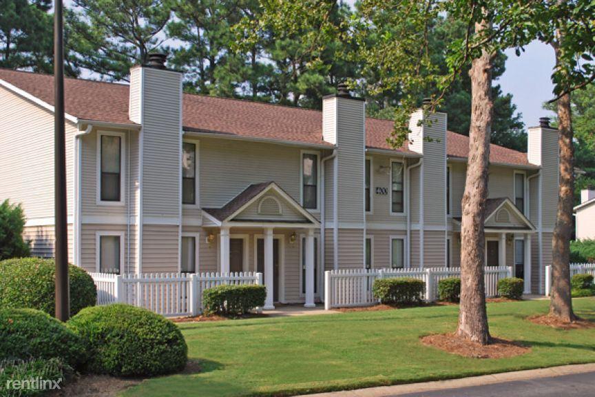 700 Summitt Place Dr Apt 23787-2, Dunwoody, GA - $1,225