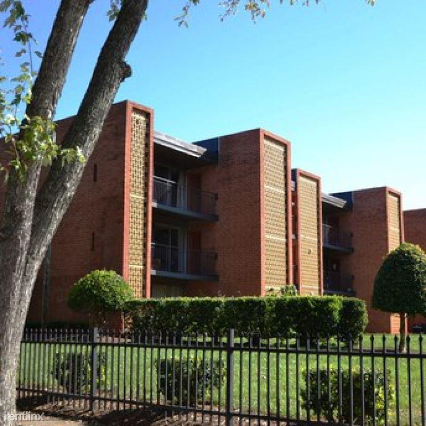 1425 Eastcrest Dr, Charlotte, NC Apt 26157-0, Charlotte, NC - $957