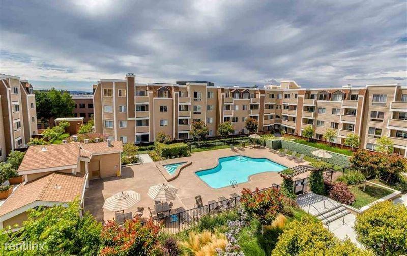 6400 Christie Ave 4219, Emeryville, CA - $3,200