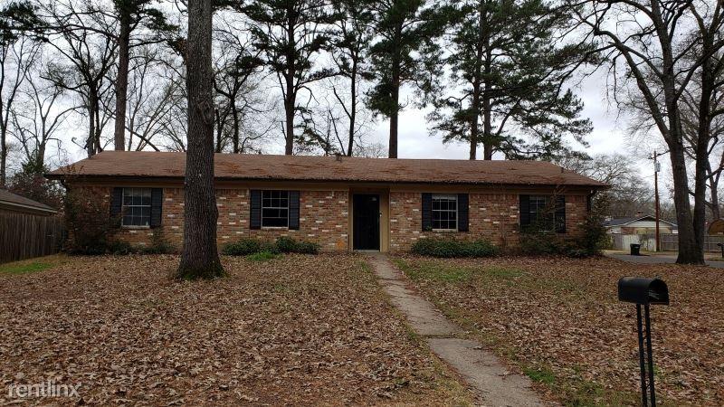 1719 Julieanna Dr, Longview, TX - $1,395