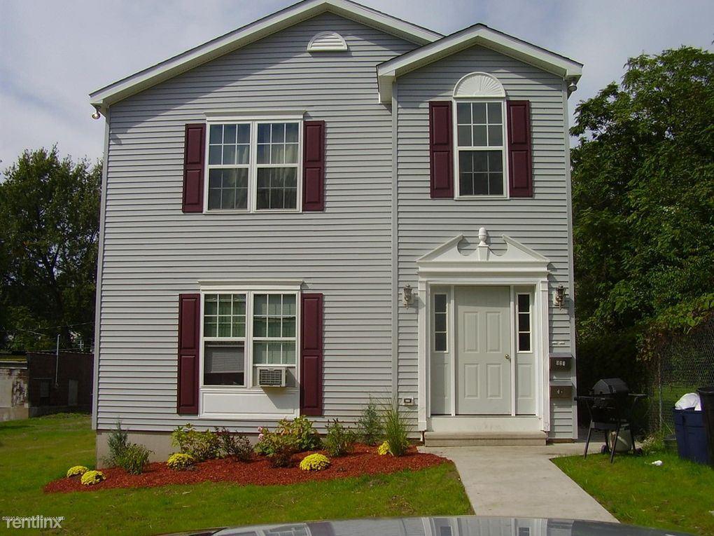 321 Taylor Avenue, Scranton, PA - $2,300