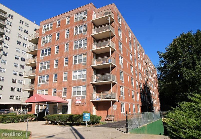 2340 North Ave, Bridgeport, CT - 1,750 USD/ month