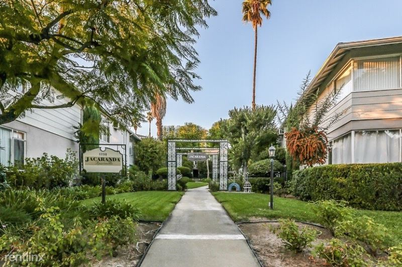1750, Grevelia St., South Pasadena, CA - $2,095