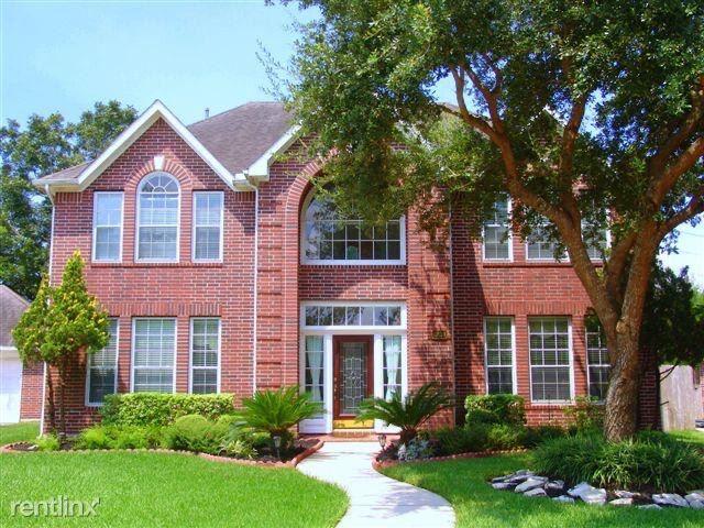 6239 Edenbrook Dr, Sugar Land, TX - $2,500