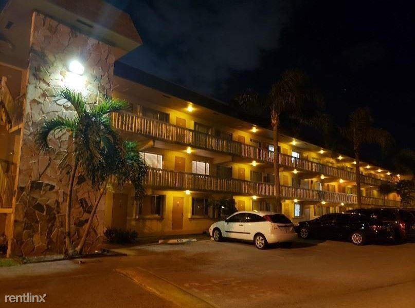 555 Purdy Ln A205, Palm Springs, FL - $1,100