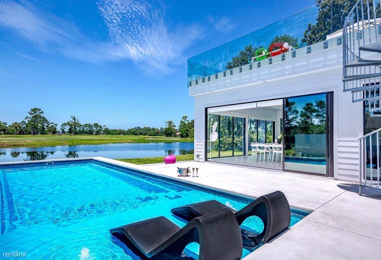 8150 Hunters Grove Rd, Jacksonville, FL - $5,000