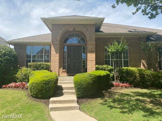 2111 Shumard Oak Ln, Irving, TX - $2,900