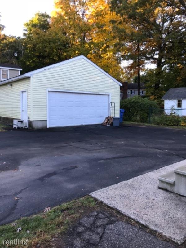 26 Highwood Ave, Southington, CT - $1,550