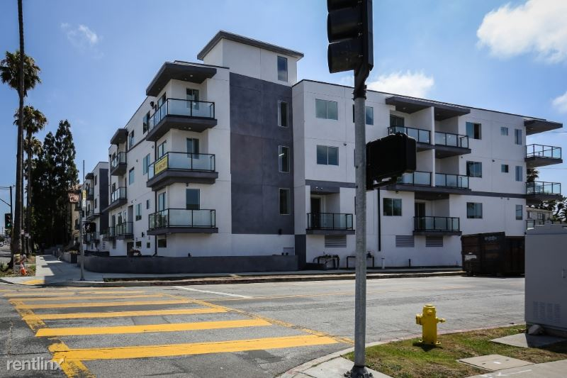 7140 S La Tijera Blvd, Westchester, CA - $3,195