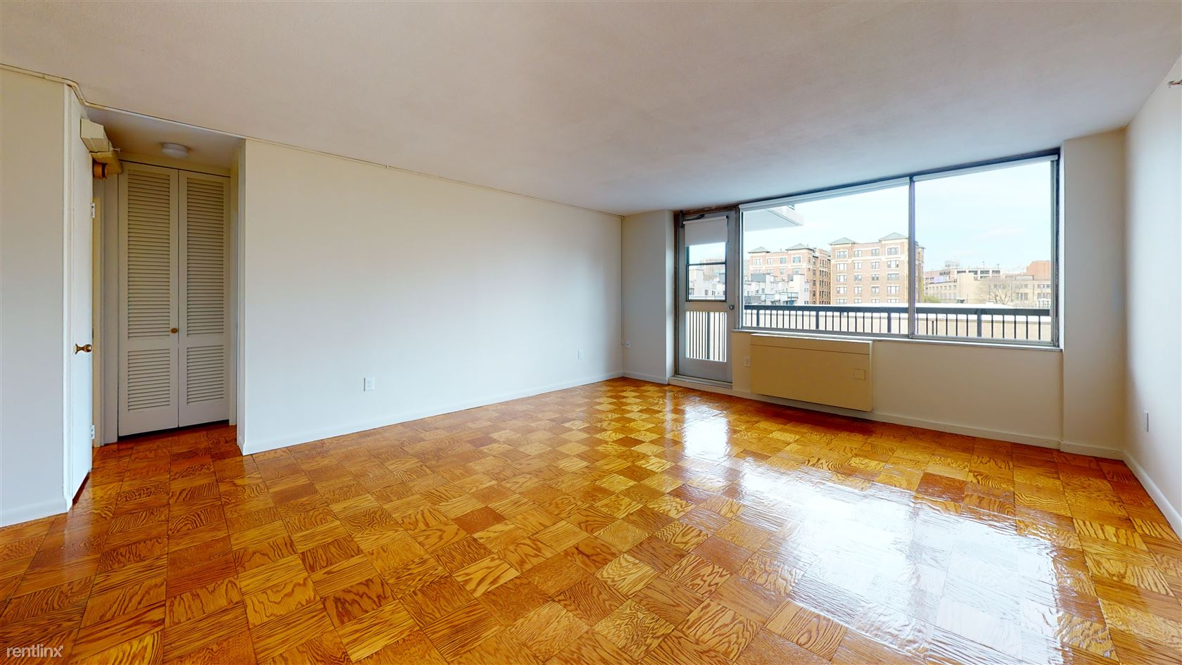 101 Monmouth St - 1800USD / month