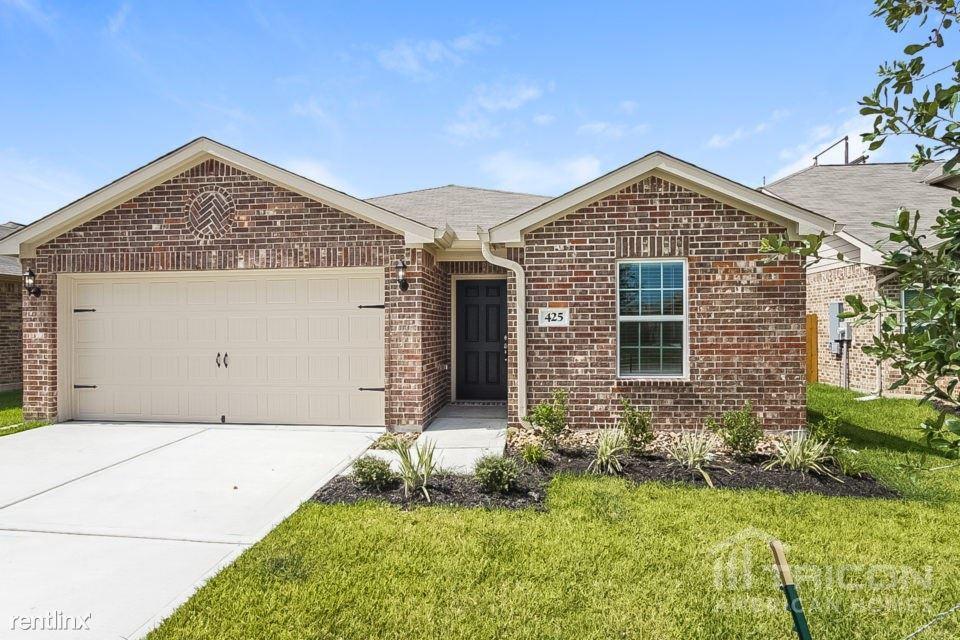 425 Palomino Stand Drive, La Marque, TX - $1,575