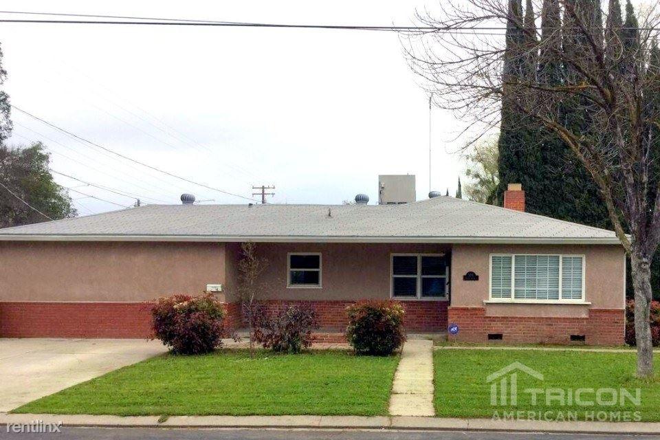 909 Tokay Avenue, Modesto, CA - $1,699