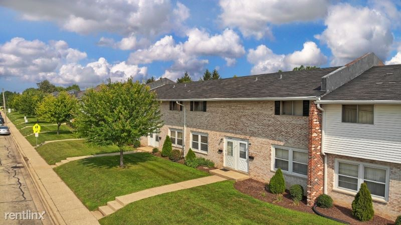 2701C Halsted Rd, Rockford, IL - $999