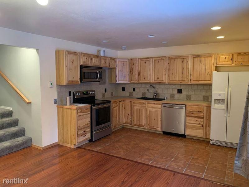 4511 Folker St 41A, Anchorage, AK - $1,260