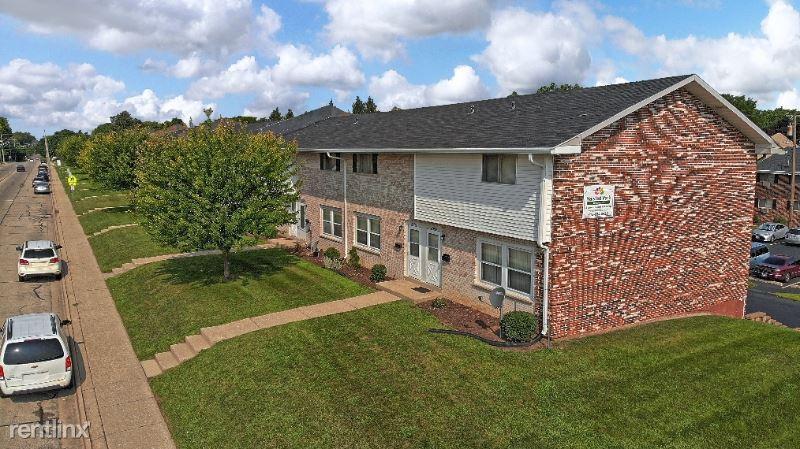 2625 04, Rockford, IL - $950