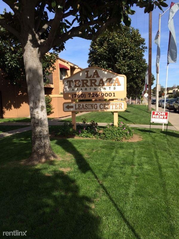 1440 Oak Drive D08, Vista, CA - $1,850