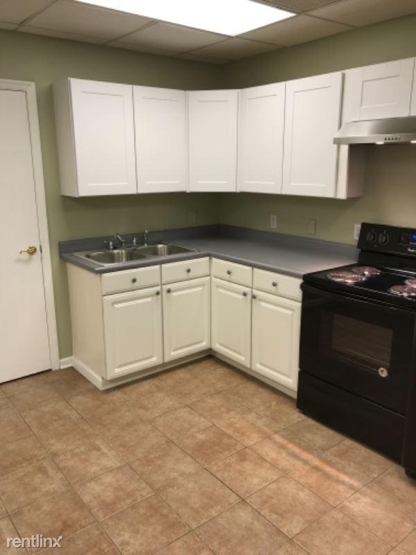1600 Salt Springs Rd A, Lordstown, OH - $625