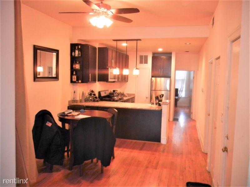 1451 W Belle Plaine Ave 3, Chicago, IL - $2,600