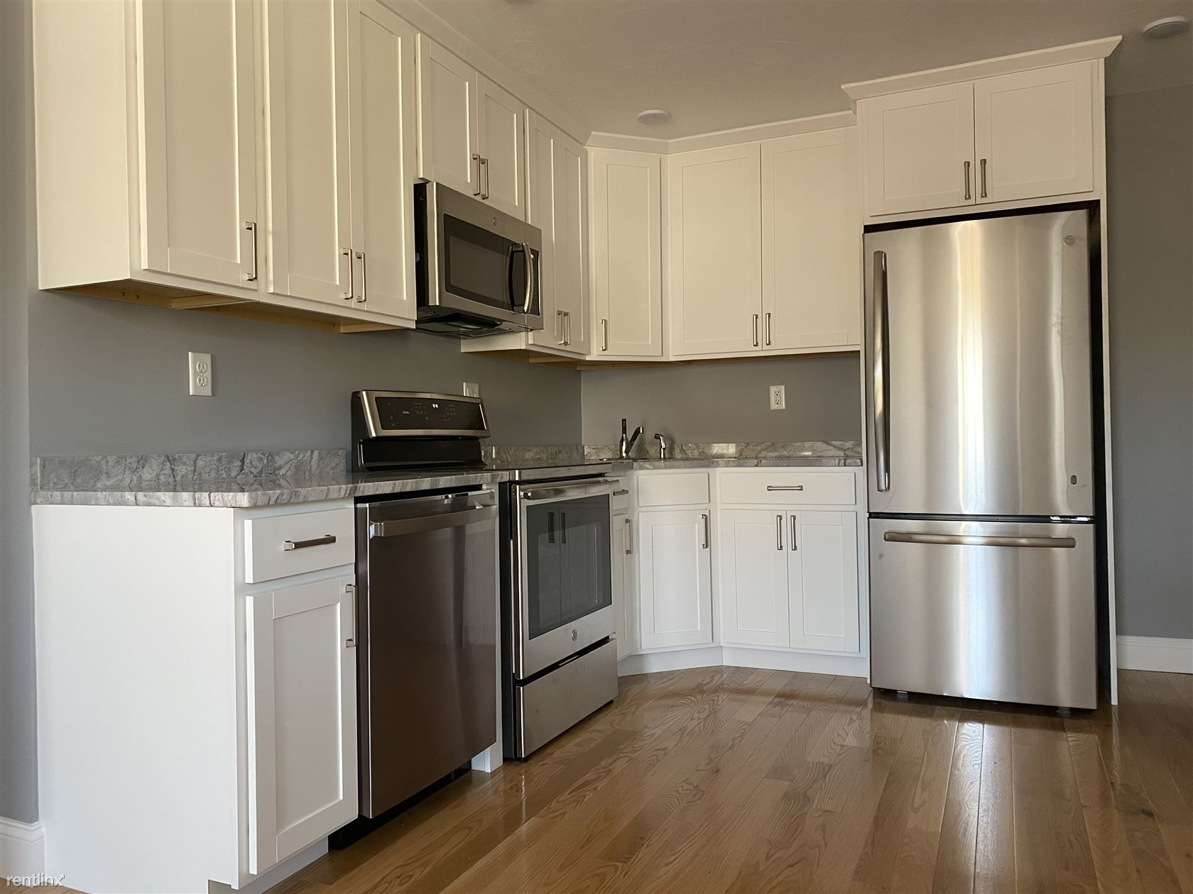 18 Bates Ave, Quincy, MA - $2,300